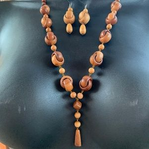 Russian wood necklace with dangly wood earrings